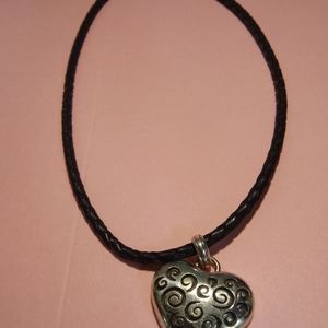 Mc clintoch heart & clasp necklace - pendent